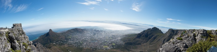 A quick panorama from the top of table mountain.